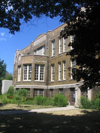 Lord Roberts Public School